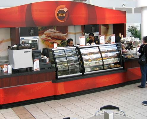 Relooking et agencement de restaurant, snack, magasins ou salon de coiffure.