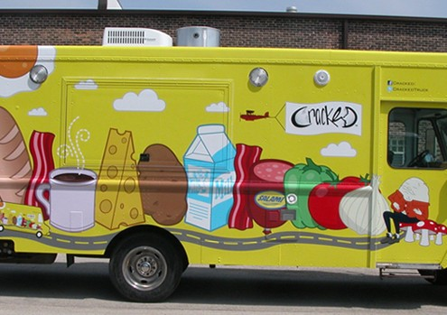 Marquage adhésif publicitaire réalisé sur truck food, véhicule utilitaire ou camionnette.