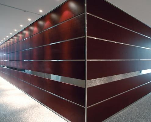 Pose DiNoc 3M pour la rénovation d'hôtel, de bureaux et de bâtiments.